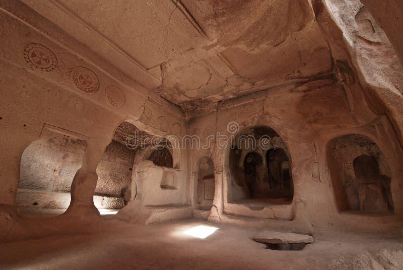 La chiesa con l'uva nello zelve, cappadocia immagine stock