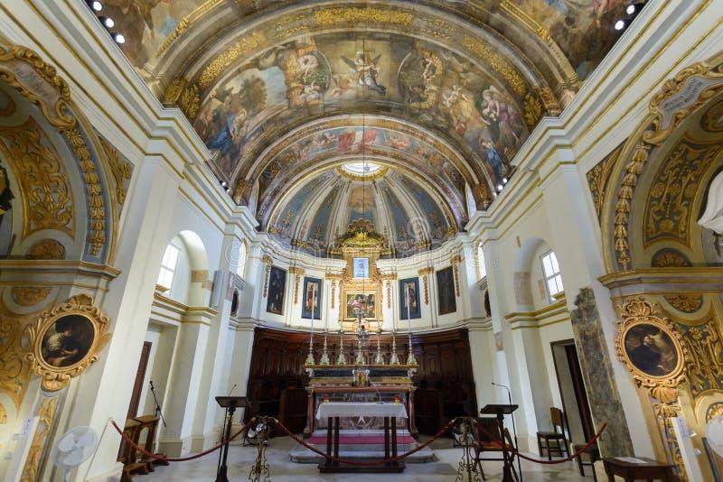 La chiesa della nostra signora di Victory Altar e del soffitto immagine stock libera da diritti