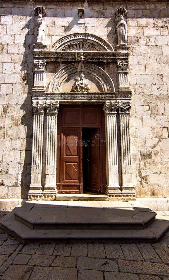La chiesa di parrocchia St Mary nella città di Cres fotografia stock libera da diritti