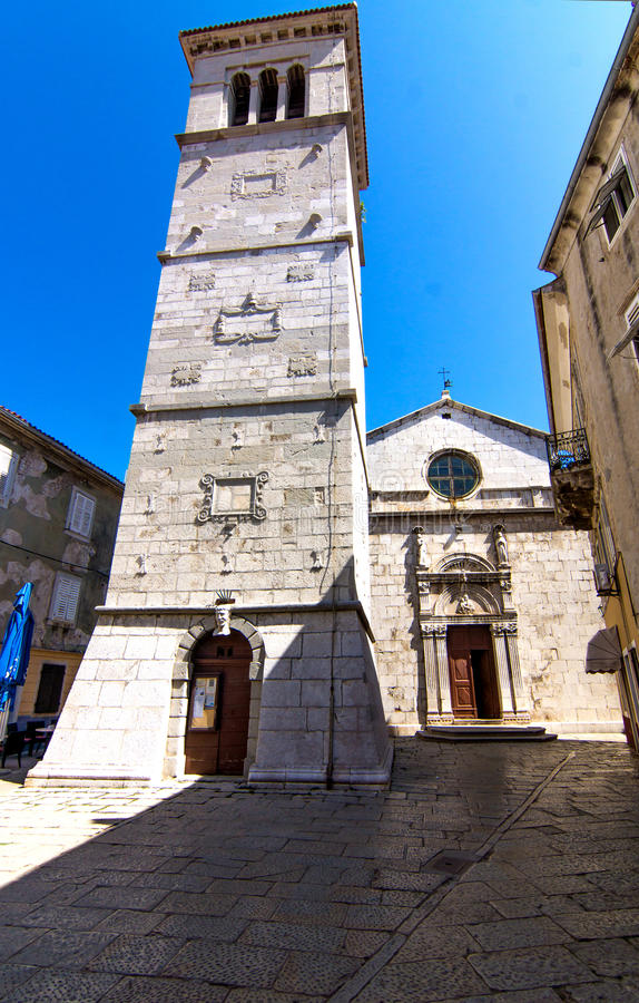 La chiesa di parrocchia St Mary nella città di Cres immagini stock libere da diritti
