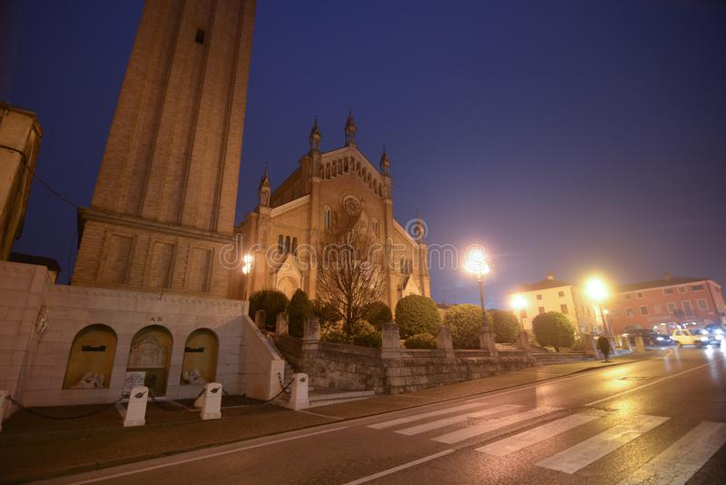 La chiesa di Pieve di Soligo nella provincia di Treviso, Italia fotografie stock libere da diritti