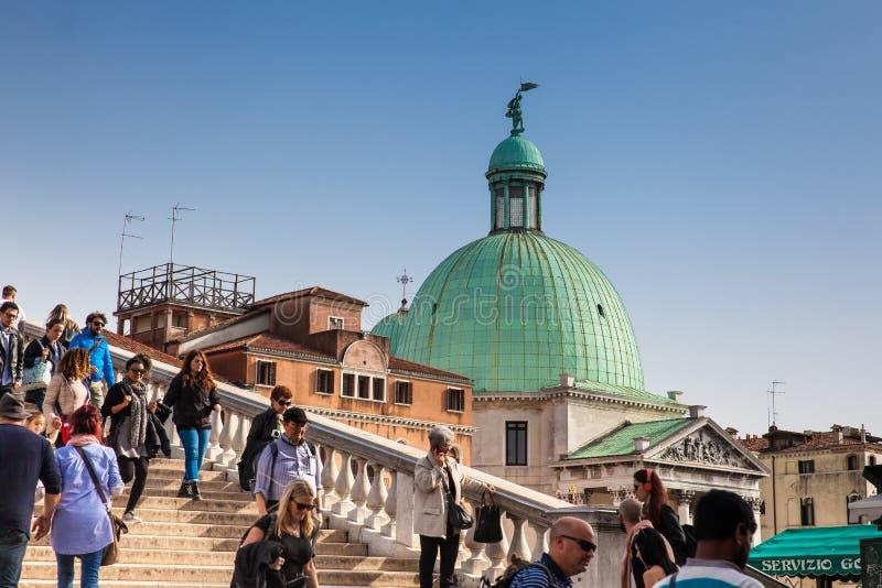 La chiesa di San Simeone Piccolo situata al sestiere di Santa Croce a Venezia immagini stock