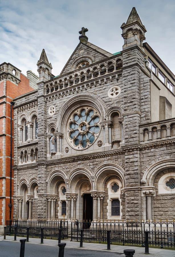 La chiesa di St Teresa, Dublino, Irlanda immagini stock