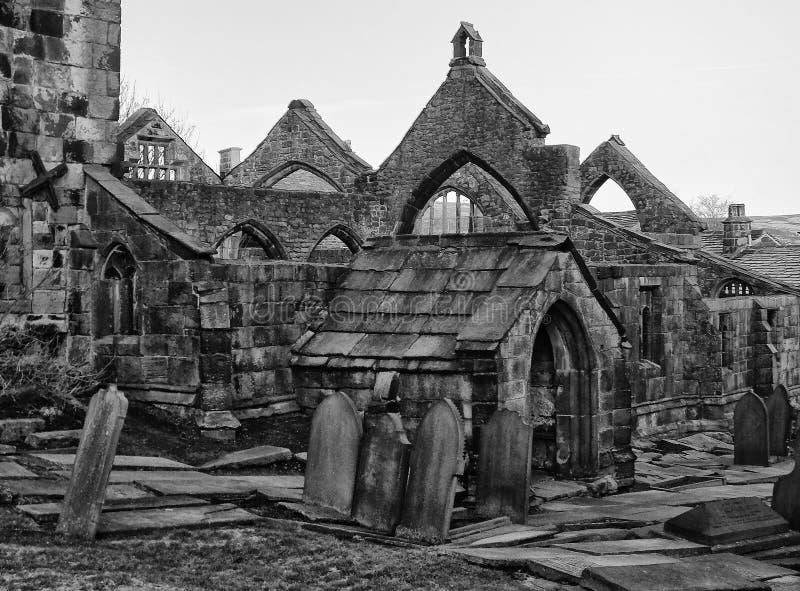 la chiesa medievale rovinata nel heptonstall vicino hebden il ponte immagini stock libere da diritti