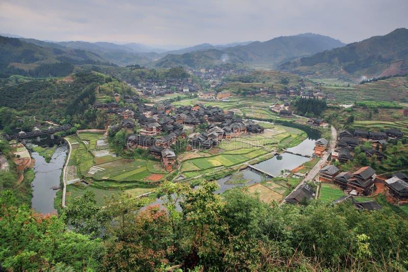 La Chine rurale, regard avec la vue aérienne du village de paysan de fermes photos libres de droits