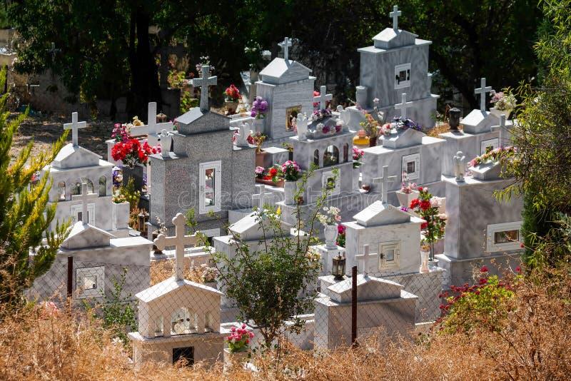 LA CHYPRE, GREECE/EUROPE - 21 JUILLET : Vue d'un cimetière dans un Cyprio images stock
