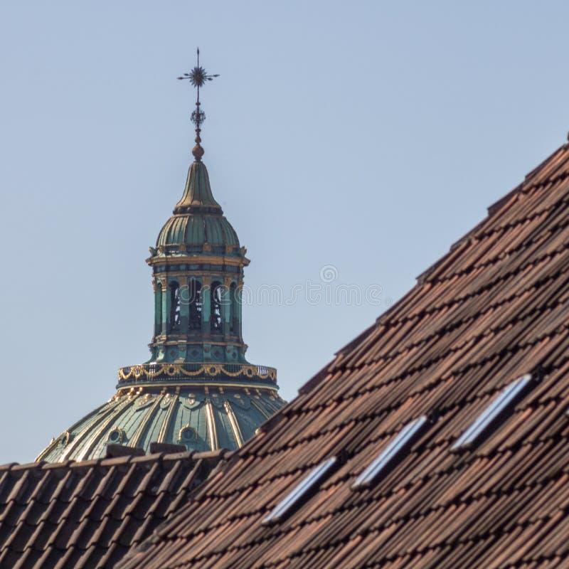 La cima chiesa del ` di marmo s Frederik/della chiesa a Copenhaghen, Danimarca fotografia stock libera da diritti