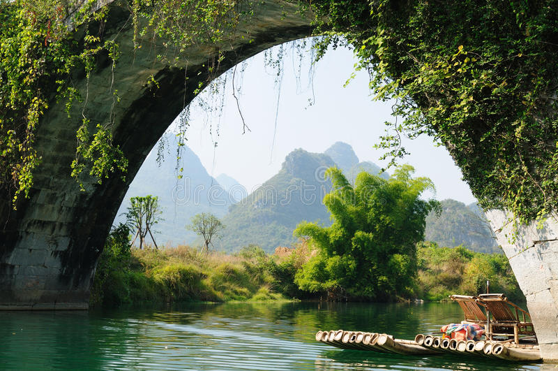 La Cina - Li-fiume, Yangshuo immagini stock libere da diritti