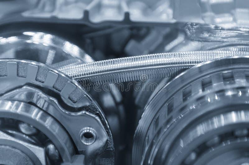 La cinghia d'acciaio della scatola trasmissione automatica immagine stock