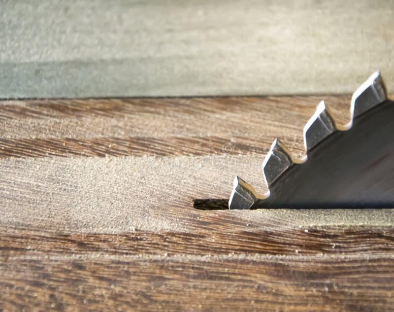 La circolare d'acciaio il taglio della ruota delle lame per sega fotografie stock