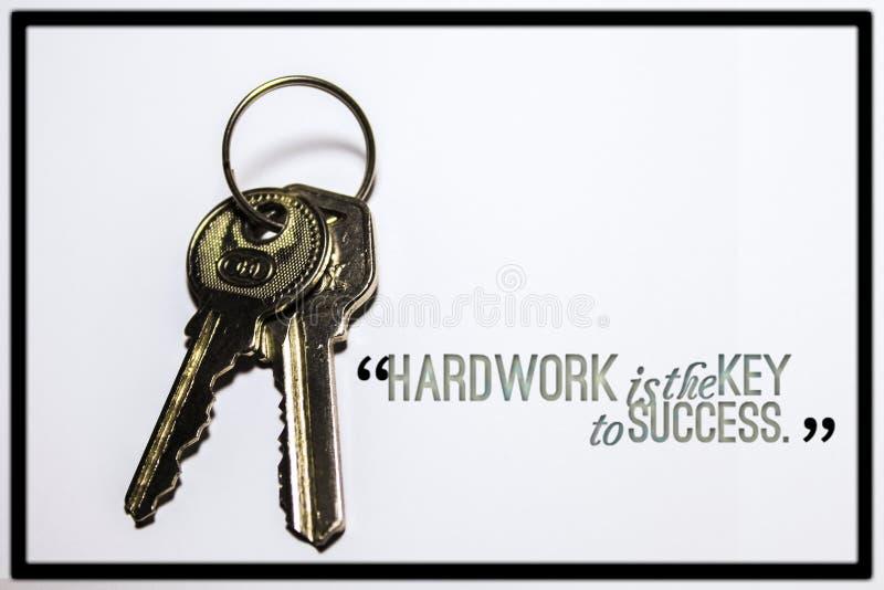 La cita de motivación en Hardwork, mantiene motivado libre illustration