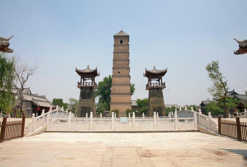 La città antica del luoyi, luoyang, Cina - torre del wenfeng immagine stock libera da diritti