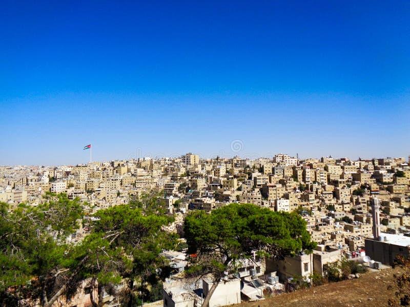 la città del cielo blu del Giordano fotografie stock libere da diritti