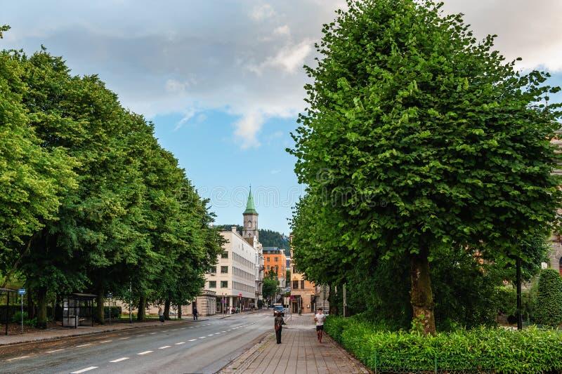 La città di Bergen, trascurante Bergen Cathedral fotografia stock