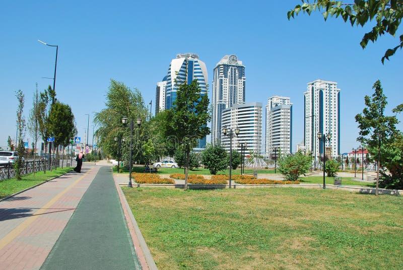 La città di Groznyj la capitale della Cecenia fotografia stock