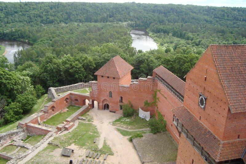 La città di Sigulda di architettura della Lettonia fotografia stock libera da diritti