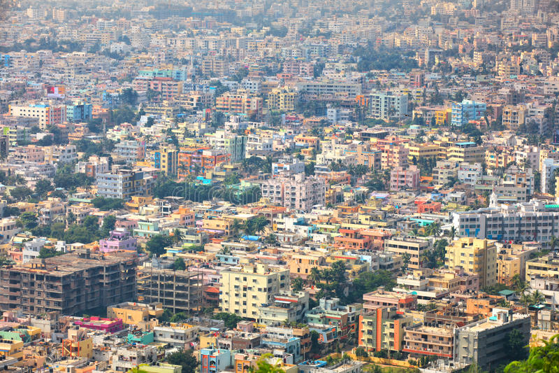 La città di Visakhapatnam è la capitale finanziaria dello stato di Andhra Pradesh in India fotografia stock