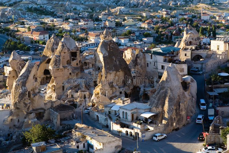 La città turca di Goreme nella sera fotografia stock