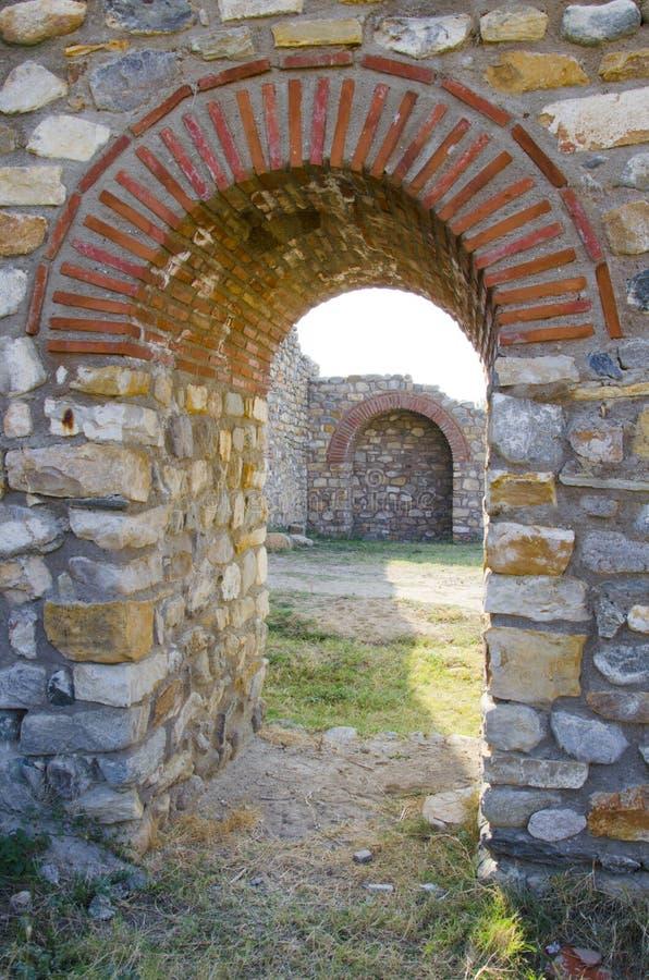 La cittadella della città antica rovina il passaggio fotografia stock