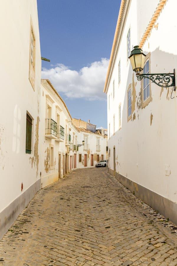 La ciudad de Faro en Algarve Portugal foto de archivo