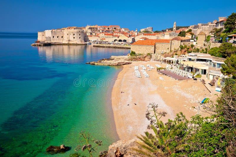 La ciudad histórica de Dubrovnik y Banje varan la visión fotografía de archivo libre de regalías