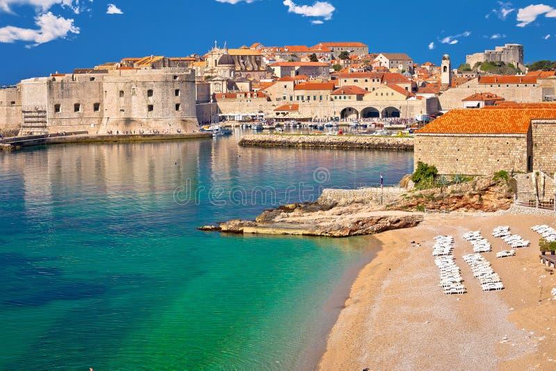 La ciudad histórica de Dubrovnik y Banje varan la visión imágenes de archivo libres de regalías