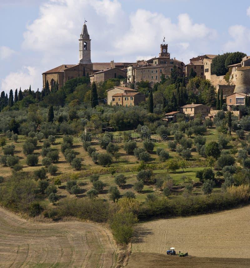 La ciudad medieval de Pienza foto de archivo
