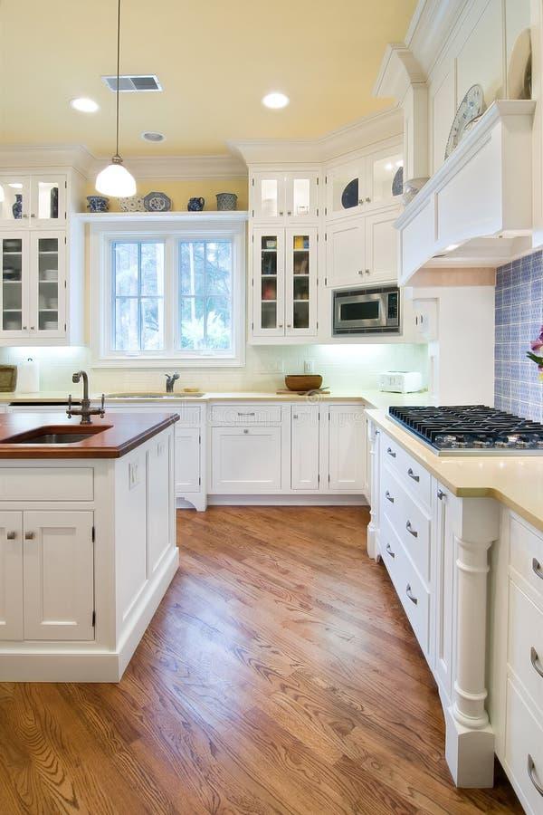 La cocina costosa remodela imagen de archivo
