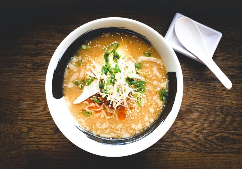 La cocina japonesa, Ramen es sopa del gusto del vey foto de archivo libre de regalías