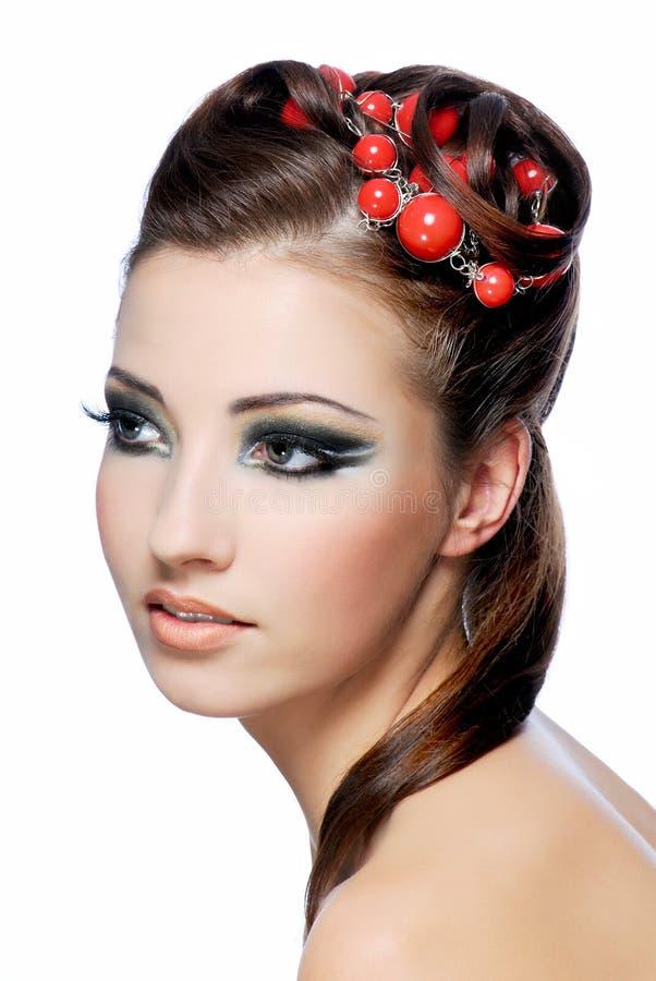 la coiffure de beauté effectuent haut élégant image stock
