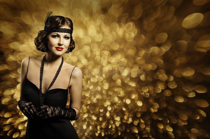 La coiffure de femme de mode composent, rétro Madame élégante, robe de noir photos libres de droits