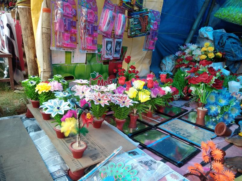La colección de Guldasta de las flores está pareciendo buena en mismas buenas condiciones fotografía de archivo