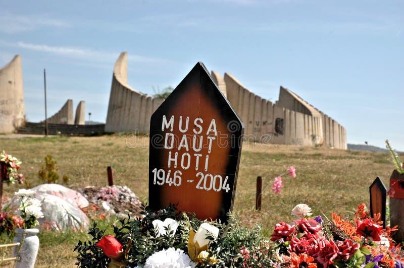La colina del mártir, Kosovo fotos de archivo