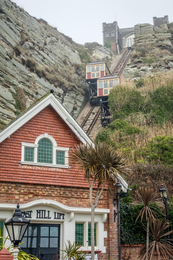 La colline est Cliff Funicular Railway dans Hastings photo stock