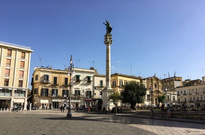 La colonne du saint Orontius Colonna di Sant Oronzo dans Lecce photos stock