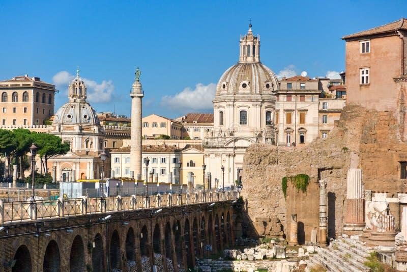 La columna de Trajan, foro, Roma fotografía de archivo