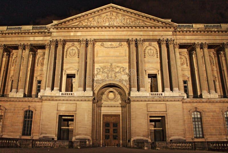 La columnata de Perrault por noche fotografía de archivo libre de regalías