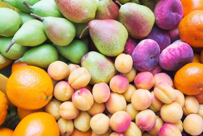 La comida sana, hermosa y sabrosa es fruta Vitaminas y colores brillantes del verano fotografía de archivo libre de regalías