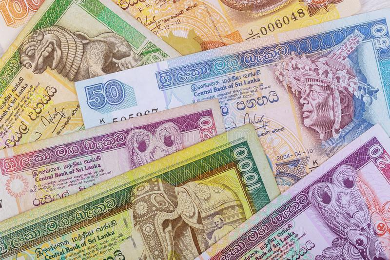 La composición de billetes de banco srilanqueses Rupia, la divisa nacional de Sri Lanka foto de archivo libre de regalías