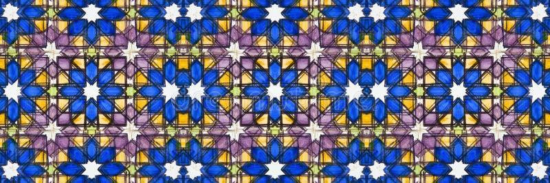 La composizione astratta ispirata dall'decorazioni portoghesi tipiche con le piastrelle di ceramica ha chiamato i azulejos - perf fotografia stock