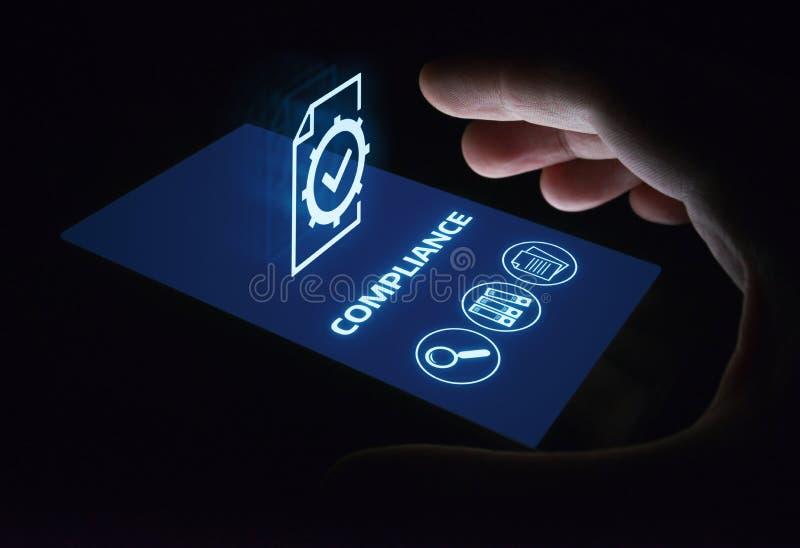 La conformità governa il concetto della tecnologia di affari della politica di regolamento di legge fotografie stock