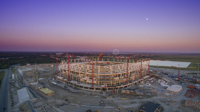 La construction du stade de football pour le championnat 2018 photographie stock libre de droits