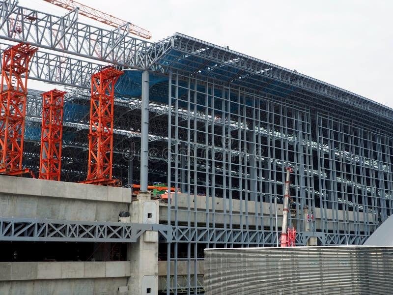 La construction est en cours à la station grande de Bangsue image stock