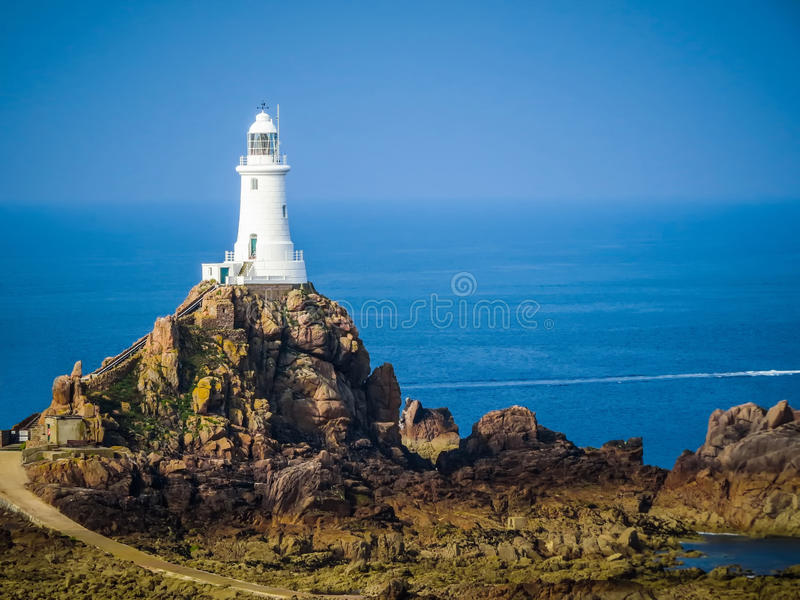 La Corbiere-Leuchtturm, Jersey, Kanal-Inseln, Großbritannien lizenzfreies stockbild