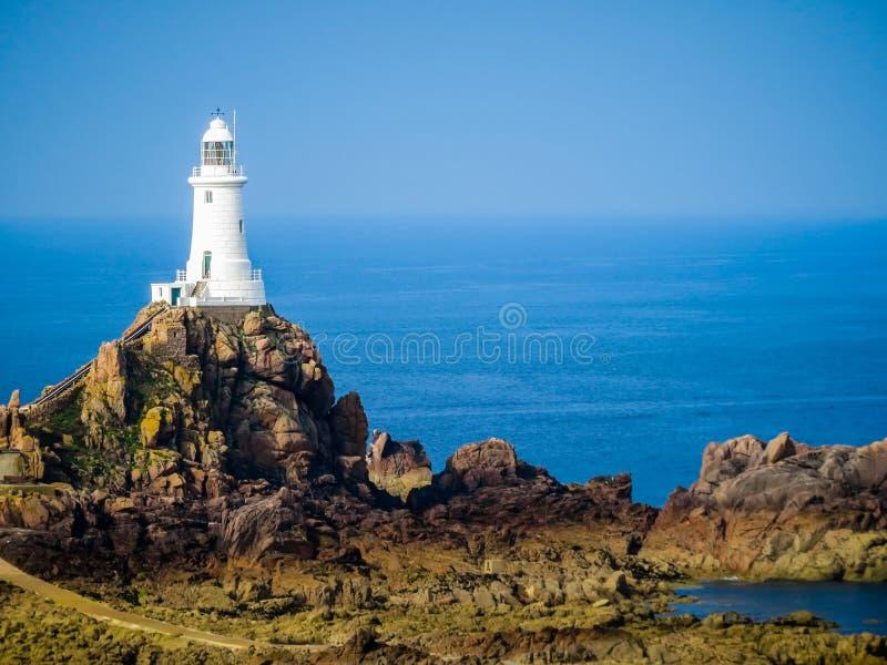 La Corbiere-Leuchtturm, Jersey, Kanal-Inseln, Großbritannien stockfotografie