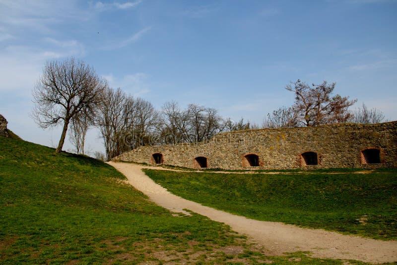 La corte al castello Monumento di architettura fotografia stock libera da diritti