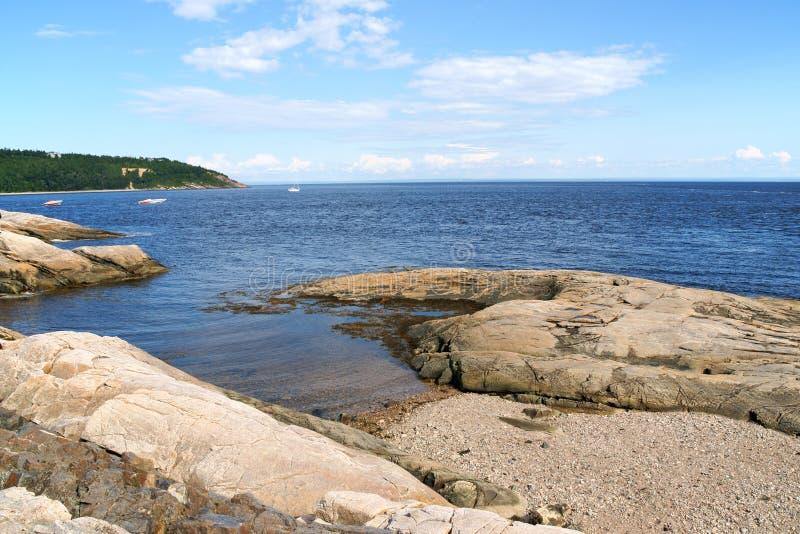 La costa cerca de Tadoussac, Canadá fotos de archivo libres de regalías