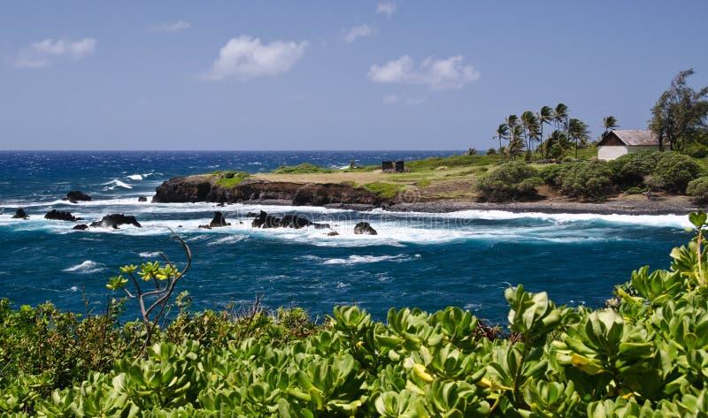 La costa costa de la isla escénica de Maui, Hawaii fotos de archivo