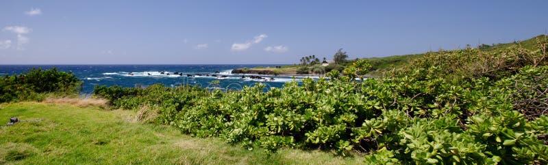La costa costa de la isla escénica de Maui, Hawaii imagen de archivo libre de regalías