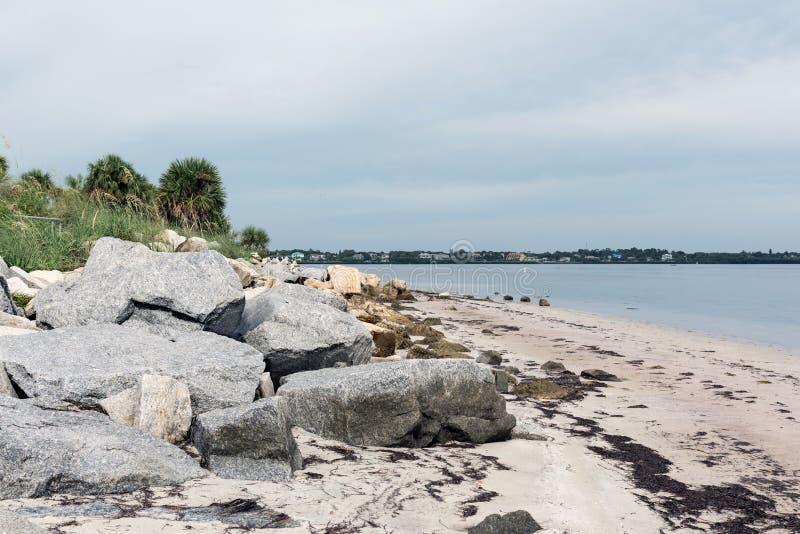 La costa del golfo del Messico in Fred Howard Park, Florida, U.S.A. fotografie stock